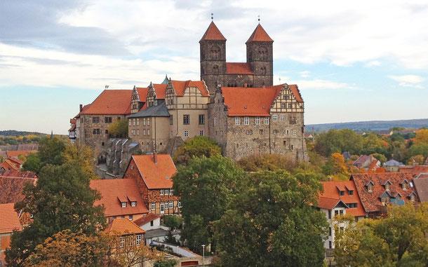 世界遺産「クヴェートリンブルクの聖堂参事会教会、城と旧市街(ドイツ)」、シュロスベルク