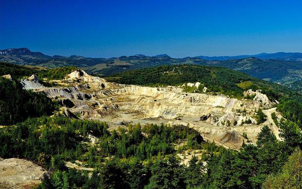 ルーマニアの推薦物件「ロシア・モンタナ鉱業景観」の金鉱山