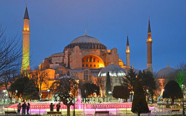 世界遺産「イスタンブール歴史地域(トルコ)」、アヤ・ソフィア