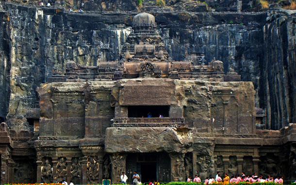 世界遺産「エローラ石窟群(インド)」、第16窟カイラーサナータ寺院