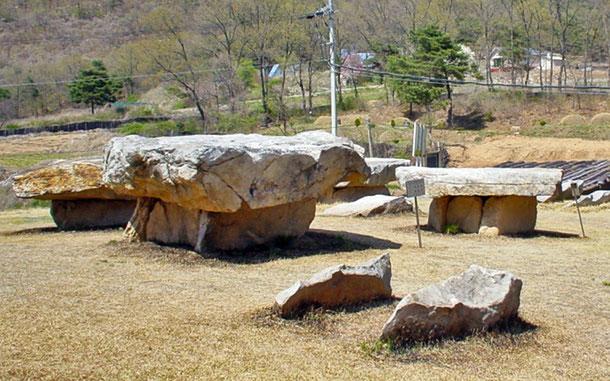世界遺産「高敞、和順、江華の支石墓群跡(韓国)」、江華のドルメン