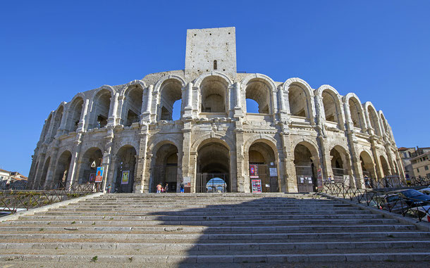 世界遺産「アルル、ローマ遺跡とロマネスク様式建造物群(フランス)」、円形闘技場