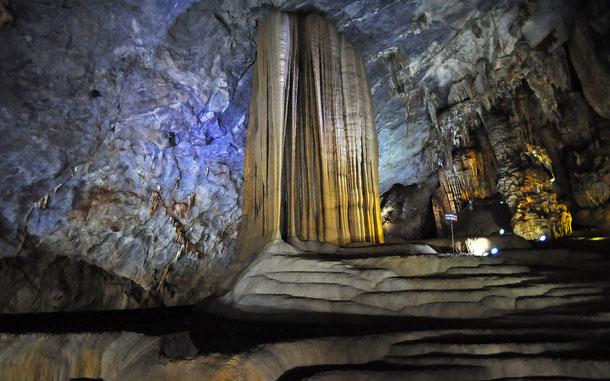 ティエンドゥオン洞窟/パラダイス・ケイブ
