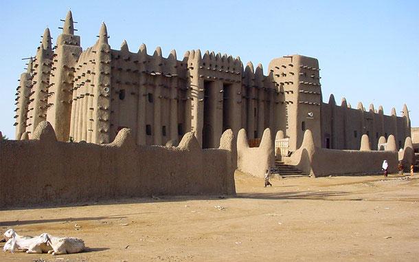 マリの世界遺産「ジェンネ旧市街」のグレート・モスク
