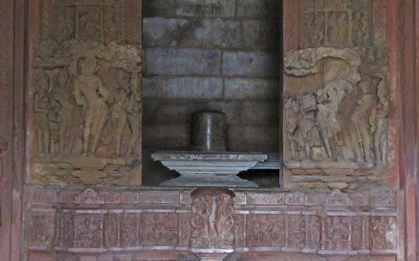 世界遺産「カジュラホの建造物群(インド)」、ヴィシュヴァナータ寺院