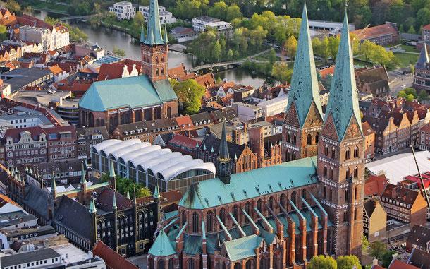 ドイツの世界遺産「ハンザ同盟都市リューベック」、聖マリア教会と聖ペトリ教会