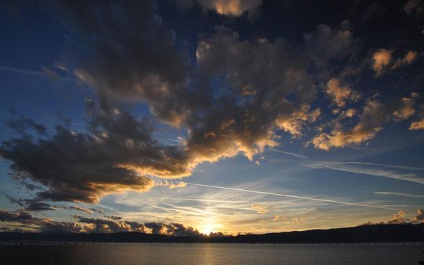 聖ヨヴァン・カネオ聖堂から見たオフリド湖上