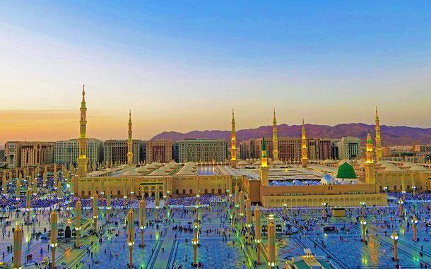 サウジアラビア・メディナにある預言者のモスク