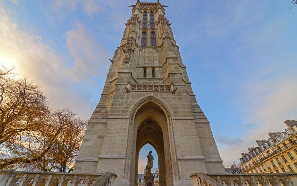 世界遺産「フランスのサンティアゴ・デ・コンポステーラの巡礼路(フランス)」、ぱりのサン=ジャックの塔