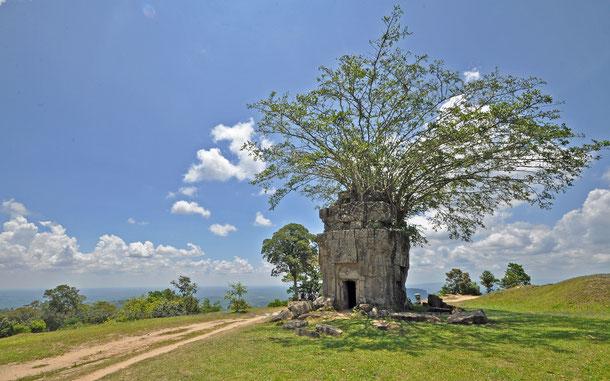 第三塔門東の小祠堂