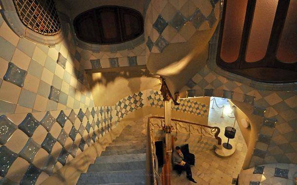 カサ・バトリョ、階段部