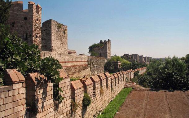 世界遺産「イスタンブール歴史地域(トルコ)」、テオドシウスの城壁