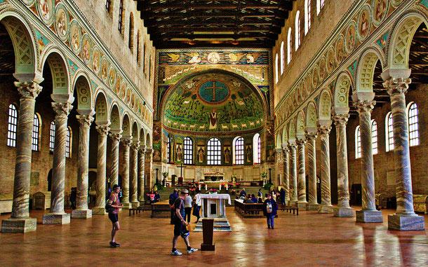 世界遺産「ラヴェンナの初期キリスト教建築物群(イタリア)」、サンタポリナーレ・イン・クラッセ聖堂
