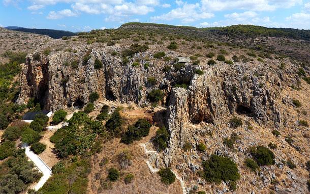 世界遺産「人類の進化を示すカルメル山の遺跡群:ナハール・マロット/ワディ・エル・ムガラ洞窟(イスラエル)」