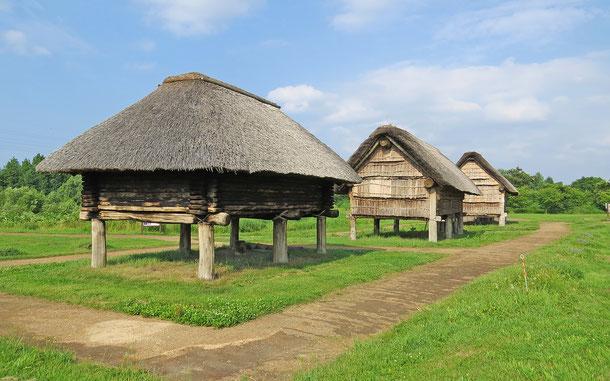 世界遺産「北海道・北東北の縄文遺跡群」、三内丸山遺跡の高床式倉庫