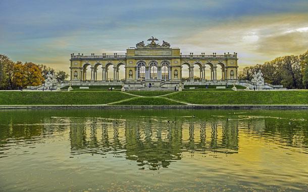 世界遺産「シェーンブルン宮殿と庭園群(オーストリア)」、凱旋門グロリエッテ