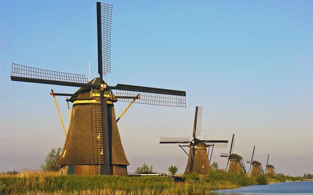 オランダの世界遺産「キンデルダイク・エルスハウトの風車群」