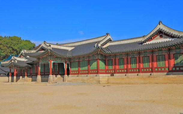 韓国の世界遺産「昌徳宮」の熙政堂