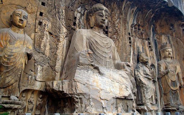 世界遺産「龍門石窟(中国)」、奉先寺洞