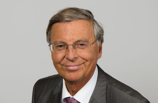 """2014-09-11 - Wolfgang Bosbach MdB - 7946"" von Foto: Sven Teschke/. Lizenziert unter CC BY-SA 3.0 de über Wikimedia Commons - https://commons.wikimedia.org/wiki/File:2014-09-11_-_Wolfgang_Bosbach_MdB_-_7946.jpg#/media/File:2014-09-11_-_Wolfgang_Bosbach_M"