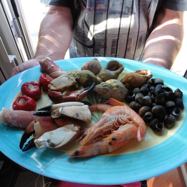 Plate du Fruits de Mer a la Karola