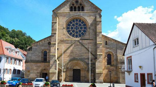 weiter zur Abteikirche