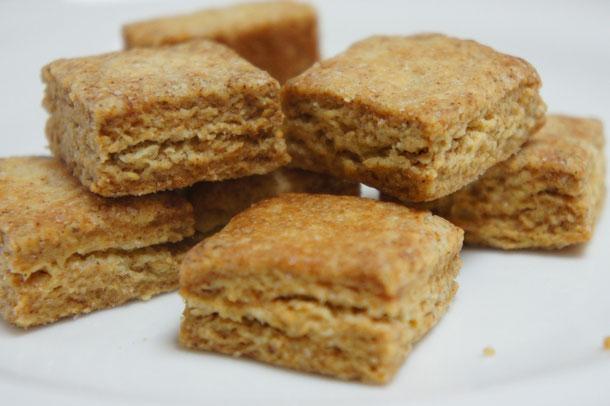 カニストレッリ(コルシカ島のオリーブクッキー)