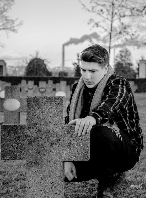 Ivo - Foto 2 - Das Leben endet, die Liebe nicht