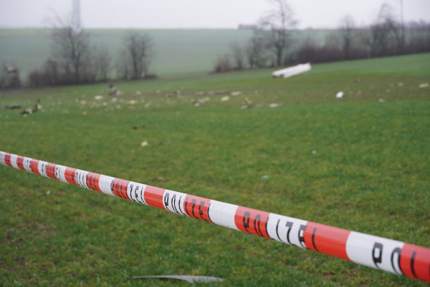 https://news-trier.de/flugzeugabsturz-bei-sefferweich-pilot-stirbt/
