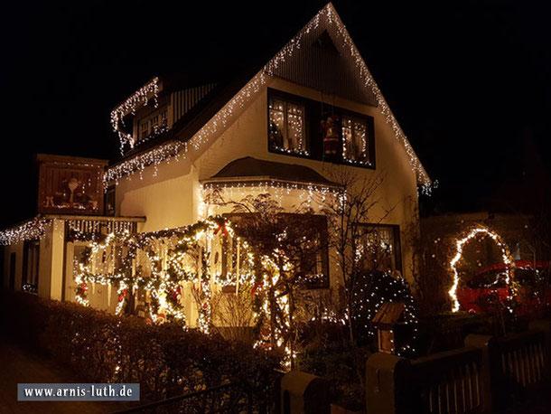 """Spaziergangsfund: Das wohl """"weihnachtlichste"""" Haus im Norden in diesem Jahr!"""
