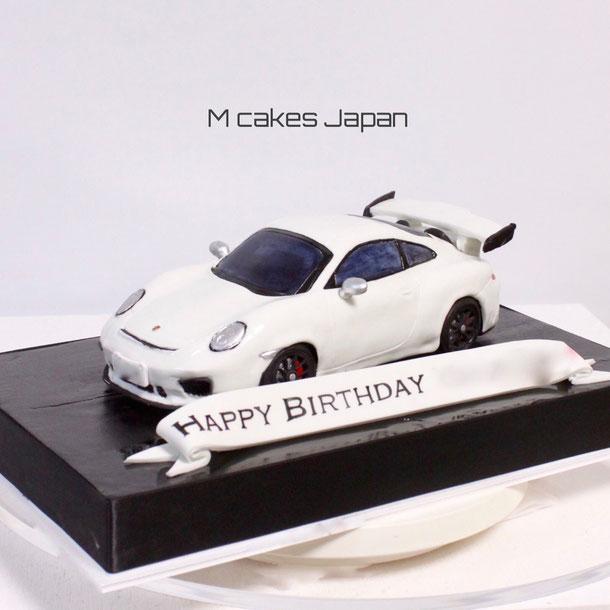 """""""Porsche 911 GT3"""" Car Cake. #2018 #911 #911gt3 #porsche #porsche911 #carcake #3dcake #porschecake #sculptedcake #ポルシェ911 #ポルシェケーキ #車ケーキ #2018年モデル #3dケーキ"""
