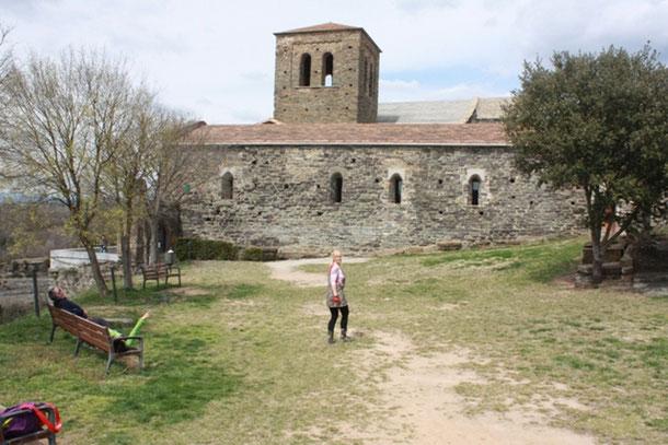 Сант-Пере де Касерес - живописные места Каталонии