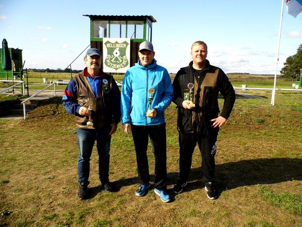 Pokalgewinner der VM Trap 2019 von links: Frank Hügelow 2.Platz, René Hafestein 1.Platz und Steffen Fröhlich 3.Platz
