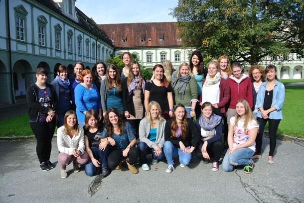 Schuljahr 2014/15  Kurs 2 (Bosi) der Fachakademie in Benediktbeuern 2014