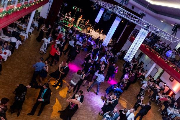 Feierliche Ballnacht in der Stadthalle Limbach-Oberfrohna