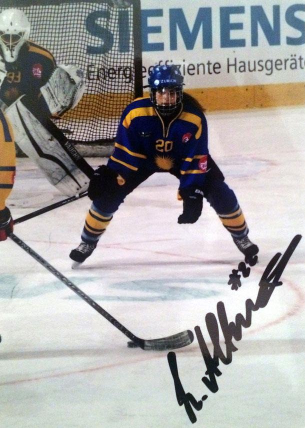 Livia Altman Autograph Autogramm