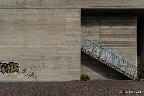 Ben Mezoudj: Nuova Corviale. Eine Fotodokumentation in der Galerie SEHR