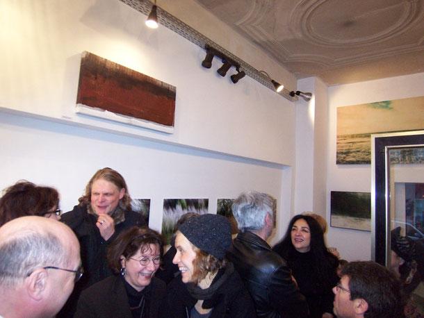 Rolf Karbach, Evelyn Knobling,  Maria Mümken, Ben Mezoudj und Firouzeh Görgen-Ossouli bei einer Vernissage in der Galerie Sehr, 2014