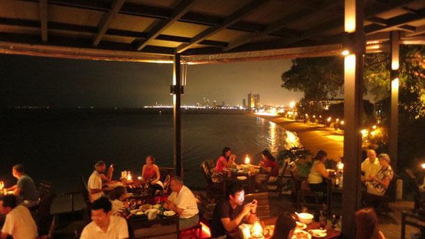 パタヤのシーフードレストラン