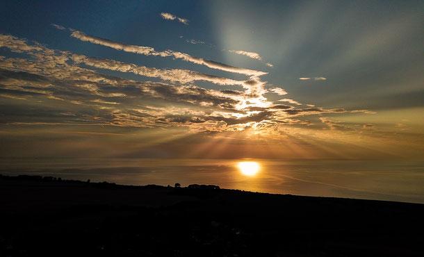 Sonnenuntergang über der Ostsee. Höhe Kägsdorf zw. Rerik und Kühlungsborn.