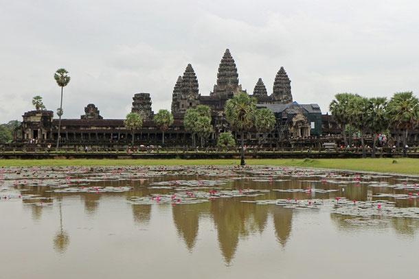 Teilansicht der Tempelanlage von  Angkor Wat, erbaut 1113 bis 1150 von König Suryavarman II.