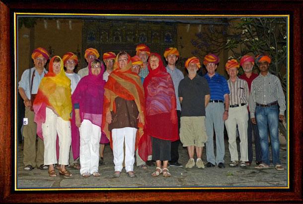 Wir zusammen gewürfeltes Reisegrüppchen aus ganz Deutschland mit unserem wunderbaren Guide Kalyan Singh ganz rechts!
