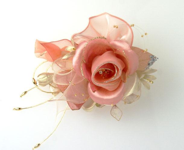 ピンク系コサージュ