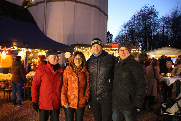 v.l. Josef, Heike, Ortsvorsteher Timo Backes, Alfred