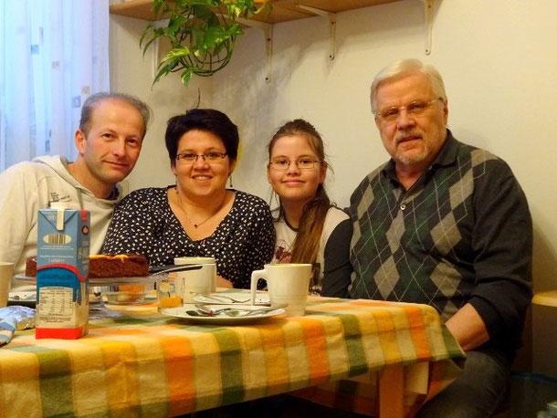 Die Freisinger: Steven, Annette und Laura (02/16)