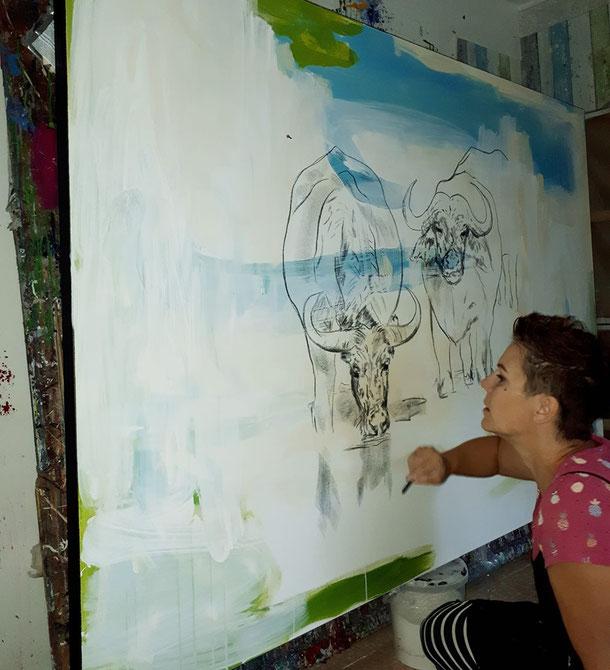 Stiere gemalt in Arbeit Künstlerin Wachsmann