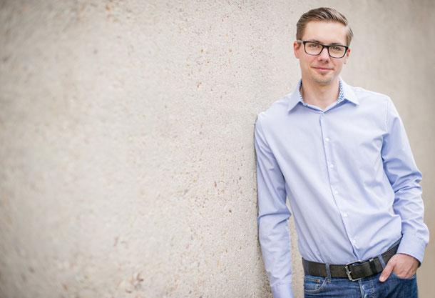 Christian Krauß ist Marketing-Berater und Texter aus dem Saarland.