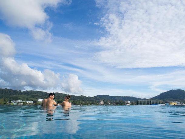 Panphuree Residence with infinity pool, Phuket