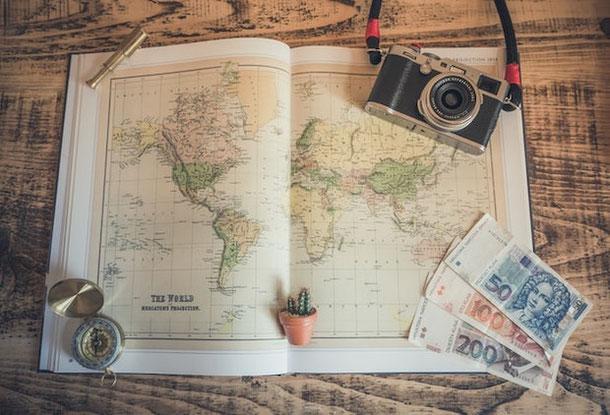 как путешествовать не выходя из дома?