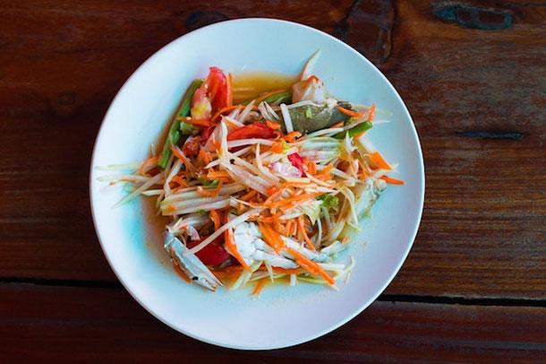 Знаменитый салат из папайи